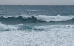 2002 秋の新島トリップ2日目 – 間々下サーフ
