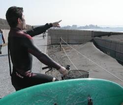 会社休んでサーフィンって最高じゃん