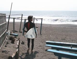 インドネシアサーフィン
