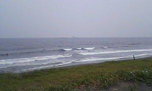今日もアフター5の茅ヶ崎サーフィン