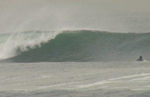 台風16号のグランドスウェル