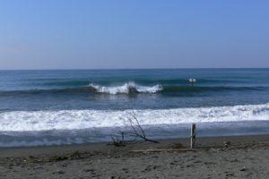 いい波の金曜日の朝