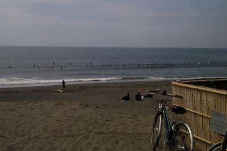 しょっぱい波、だけどノンビリだ