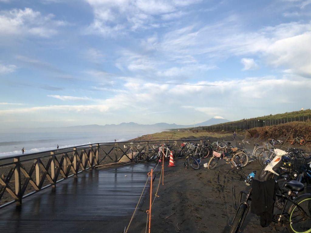 台風21号崩れのスウェルが残った土曜日の朝のクソ下