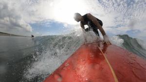 GoPro MAX 筆下ろしの小波サーフィン